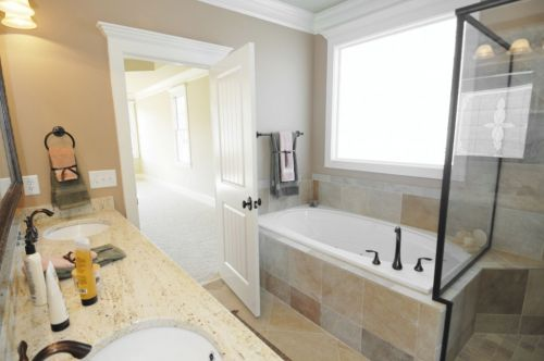 Groovy How Much Does A Bathroom Renovation Project Cost Interior Design Ideas Helimdqseriescom