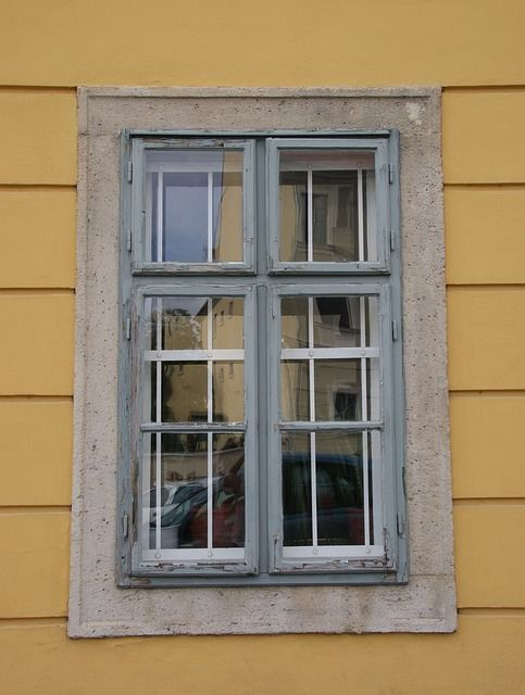 Wood window frame_renoquotes.com