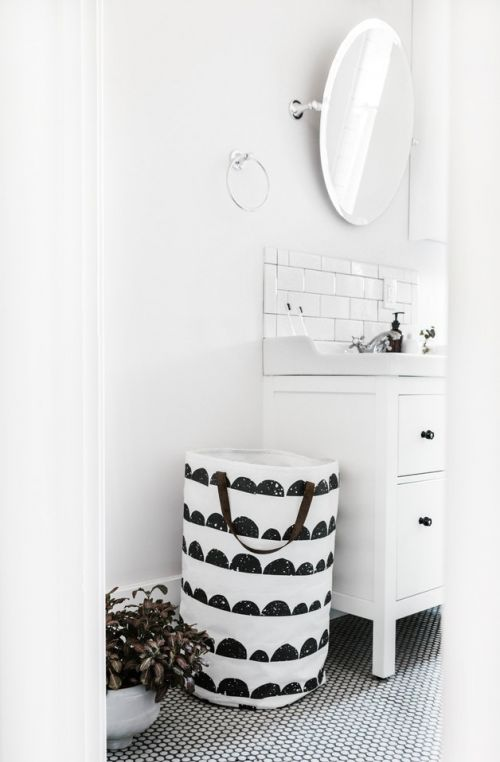 Laundry basket bathroom